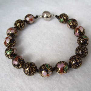 10 mm Cloisonne Bead Bracelet with Magnetic Clasp: Black