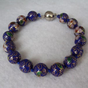 10 mm Cloisonne Bead Bracelet with Magnetic Clasp: Cobalt Blue